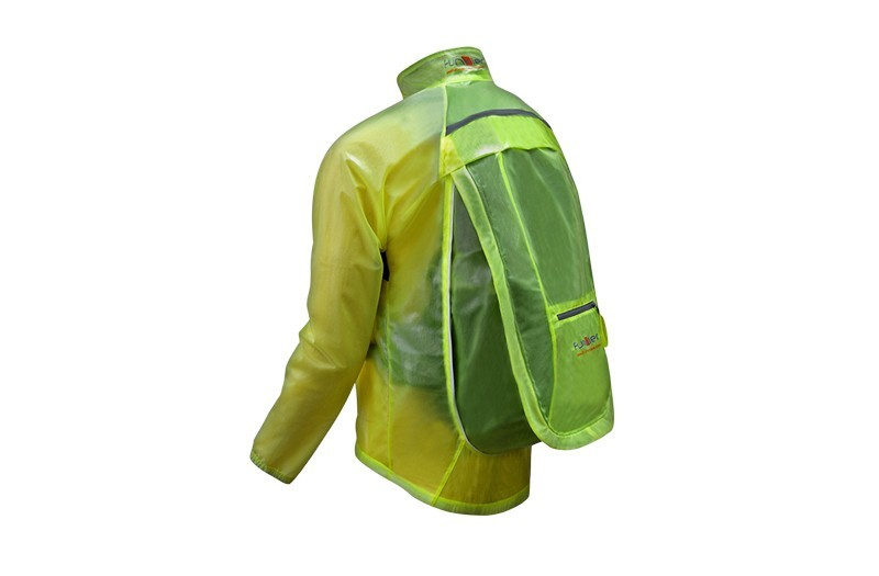 d11ed4d3 FUNKIER Regn & Vind jakke med Plads til taske Gul str M. Klik for at  forstørre